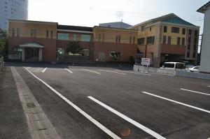 当院前に駐車場ができました